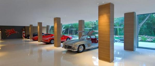 Glass-Pavilion-House-by-Steve-Hermann